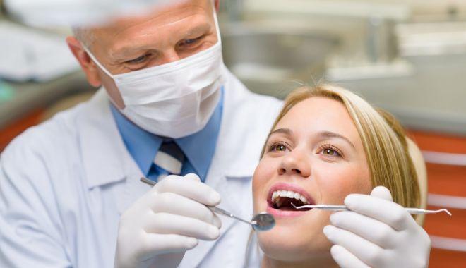 Foto: Nu vă neglijaţi dantura! Cariile dentare pot face ravagii