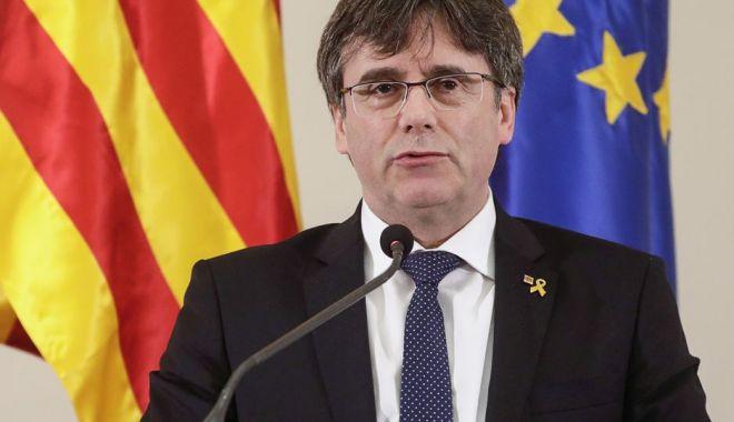 Carles Puigdemont şi-a prezentat candidatura în alegerile pentru PE - carles-1554995552.jpg