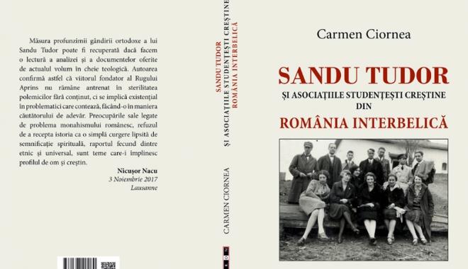 Foto: Lansare de carte la Curtea Brâncovenească din Constanţa, sub semnătura lectorului univ. dr. Carmen Ciornea