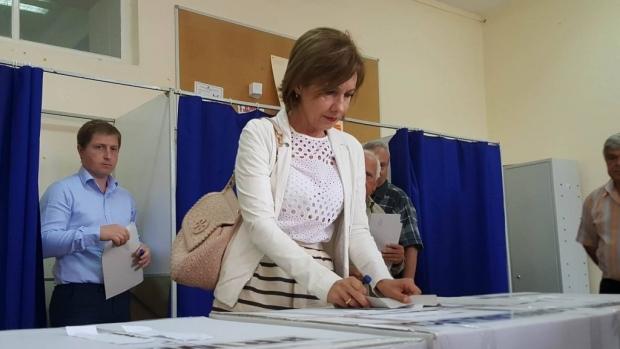 Foto: Carmen Iohannis: Am votat pentru o Românie europeană, pentru justiţie independentă