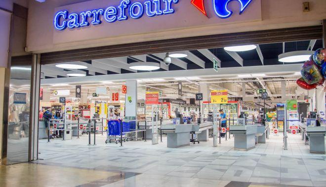 Foto: Carrefour vrea să concedieze 3.000 de angajaţi