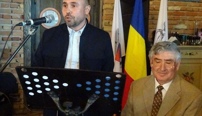 Foto: S-a lansat monografia comunei Corbu