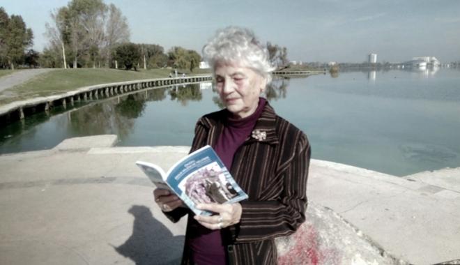 Foto: Dublă lansare de carte a scriitoarei Ana Ruse