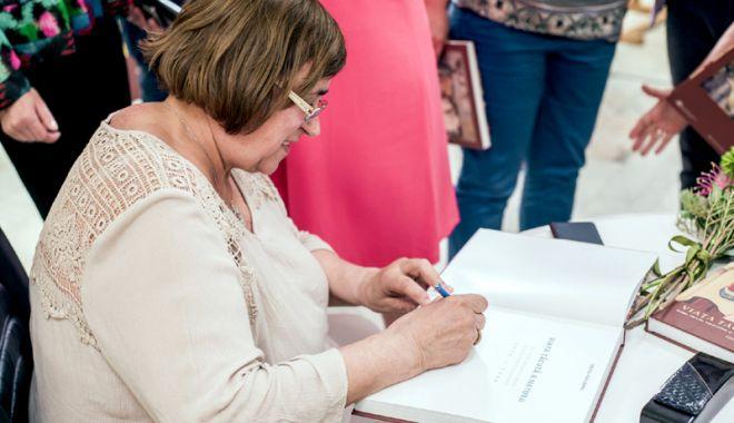 Lansare de carte la Muzeul de Artă. Autor, Doina Păuleanu - carte1-1528907398.jpg