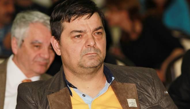 """Foto: """"Cârtiţele"""" din Consiliul Local Constanţa. Cine protejează """"afacerea Polaris"""""""