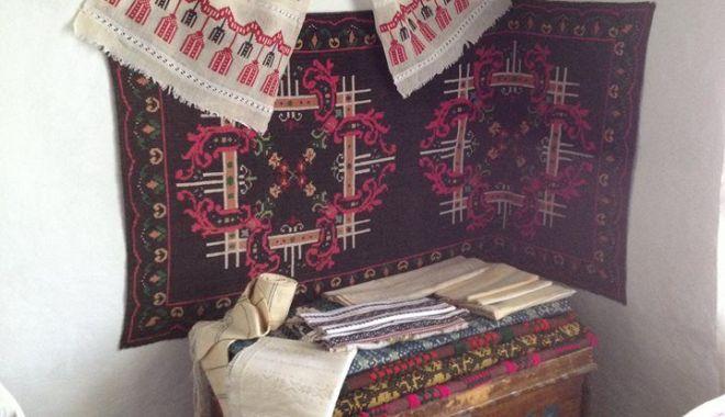 Excursie într-un loc mirific. Casa de poveste de la Oltina îşi aşteaptă vizitatorii - casadepoveste4-1561158747.jpg