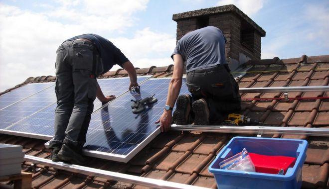 Foto: Proprietarii care vor să-și renoveze casele pot primi până la 15.000 de euro de la stat!