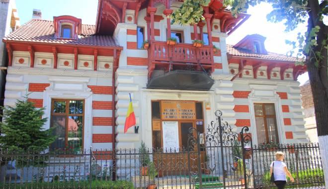 """Foto: Bijuteriile arhitecturale ale Constanţei. Povestea Casei """"Ion Bănescu"""""""