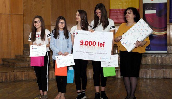 """Foto: """"Casa Smart"""" a elevilor de la Colegiul """"Regina Maria"""", premiată la concursul naţional PlayEnergy"""