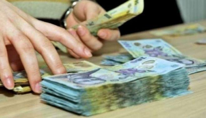 Foto: Iată care este câștigul salarial al românilor