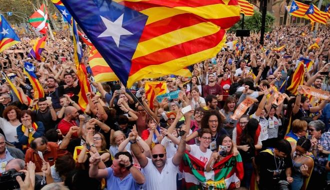 Foto: Spania urmează să preia astăzi controlul asupra Cataloniei. O parte a administraţiei catalane s-ar putea împotrivi
