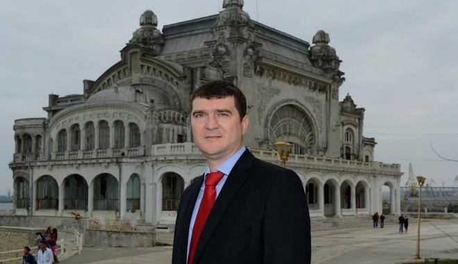 """Foto: Cătălin Anghel: """"Vă prezint candidatura mea pentru funcţia de Deputat al Judeţului Constanţa"""""""