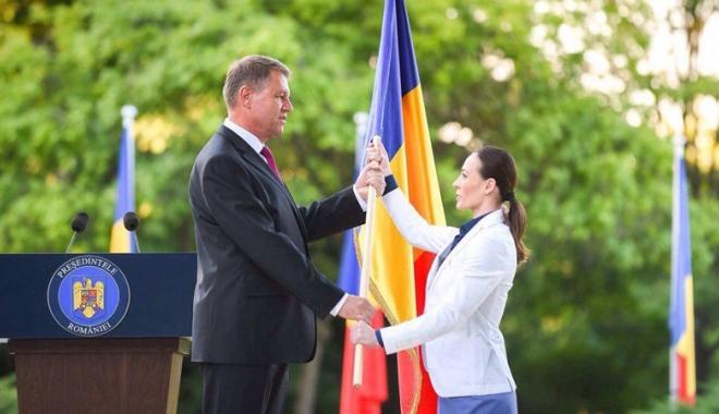 Foto: Cătălina Ponor, decorată de preşedintele României