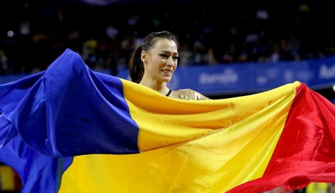 Foto: Cătălina Ponor intră în concurs, astăzi, la Campionatul Mondial