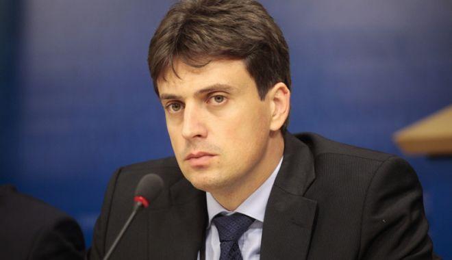 Foto: Cătălin Ivan  și-a dat demisia din grupul socialiștilor din Parlamentul European