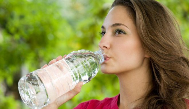 Foto: Cât de importantă este hidratarea
