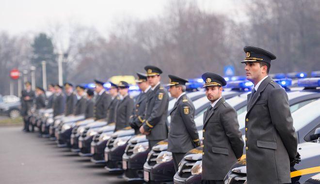 Foto: Câte cazuri de evaziune fiscală au descoperit cei 100 de inspectori ANAF în portul Constanța?