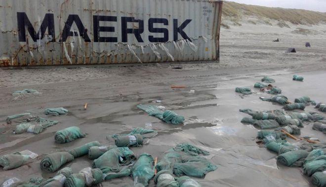 Câte containere încărcate cu mărfuri ajung pe fundul mărilor și oceanelor? - catecontainerecumarfuriajungpefu-1547216468.jpg
