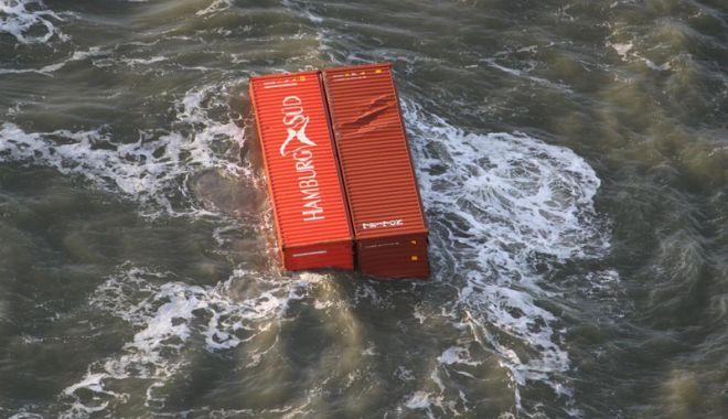 Câte containere încărcate cu mărfuri ajung pe fundul mărilor și oceanelor? - catecontainerecumarfuriajungpefu-1547216482.jpg