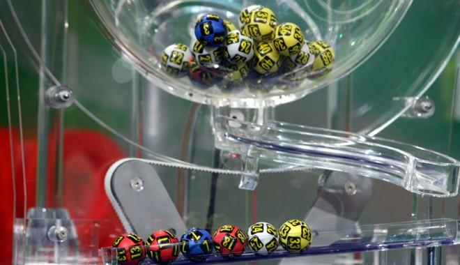 Foto: Câţi bani poţi câştiga astăzi, la loto