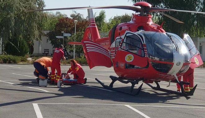 Foto: Bărbat căzut de la înălţime, în staţiunea Mamaia. A plecat şi elicopterul SMURD