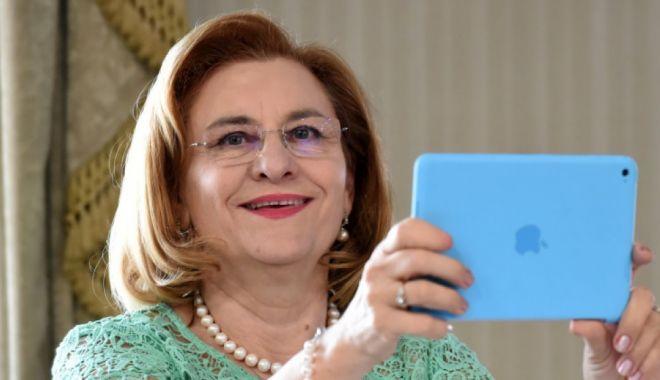 """Foto: Maria Grapini, o nouă gafă: """"Acum câteva ore am dat viață băiatului meu!"""""""