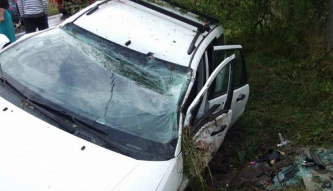 Foto: Accident ÎNFIORĂTOR, în drum spre nuntă! Victimele, patru tinere