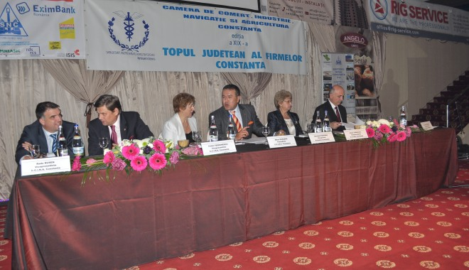 """Foto: """"Topul societăţilor comerciale din judeţul Constanţa"""" / Iată la cine se duc Trofeele de Excelenţă"""