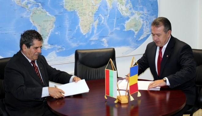 Foto: Cooperare între camerele de comerţ din Constanţa şi Burgas