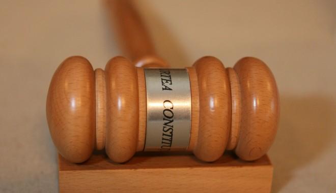 Foto: Magistraţii condamnaţi definitiv  nu mai primesc pensie de serviciu