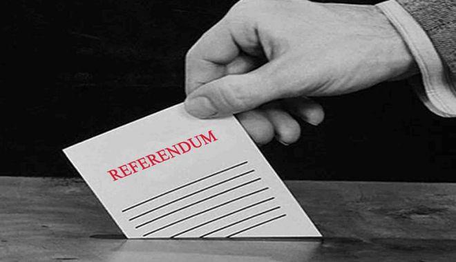 Foto: CCR a confirmat rezultatele referendumului pentru redefinirea familiei