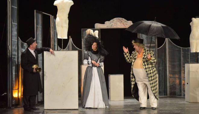 """Foto: """"Cea mai frumoasă soţie"""", pe scena Teatrului de Stat"""