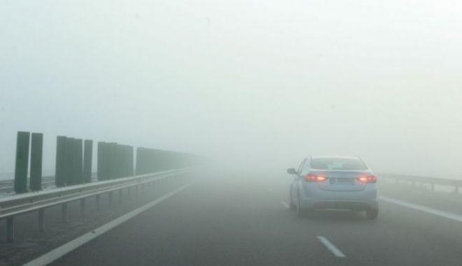 Foto: Trafic îngreunat pe mai multe drumuri din țară din cauza ceţii