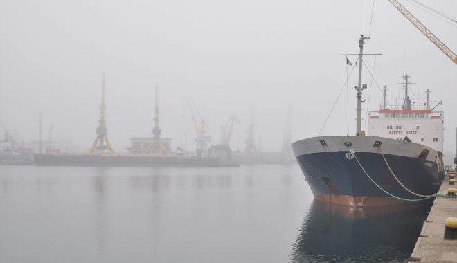 Foto: Cod de ceaţă prelungit, la Constanţa