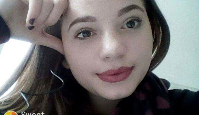 Foto: Ce au descoperit medicii legişti după autopsia fetei care s-a sinucis