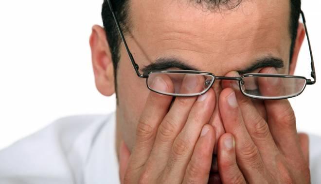 Foto: Ce boli de ochi putem căpăta  în sezonul cald