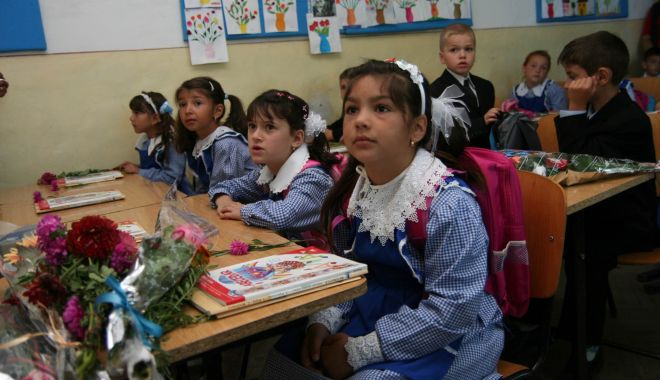 Foto: Ce documente medicale sunt necesare pentru prima zi de școală