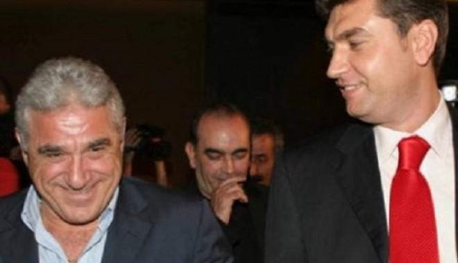 Foto: Victor Becali şi Cristian Borcea, regim semideschis de detenţie