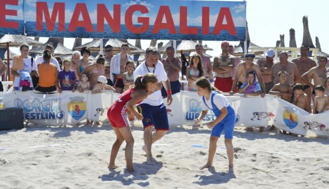 Foto: Lupt�tori tineri �i ambi�io�i,  la Cupa Callatis de la Mangalia