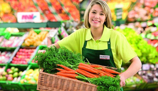 Foto: Cei mai mulți șomeri, interesați să lucreze în comerț