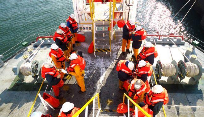 Foto: Ce le datorează România agențiilor de crewing?