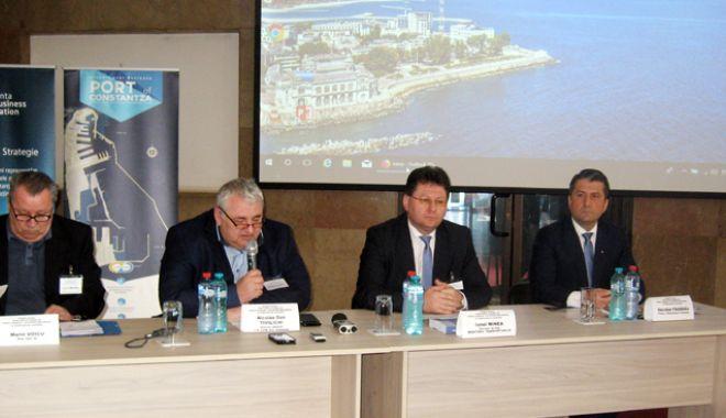 Foto: Ce îi lipsește portului Constanța  pentru a atrage fluxurile de mărfuri