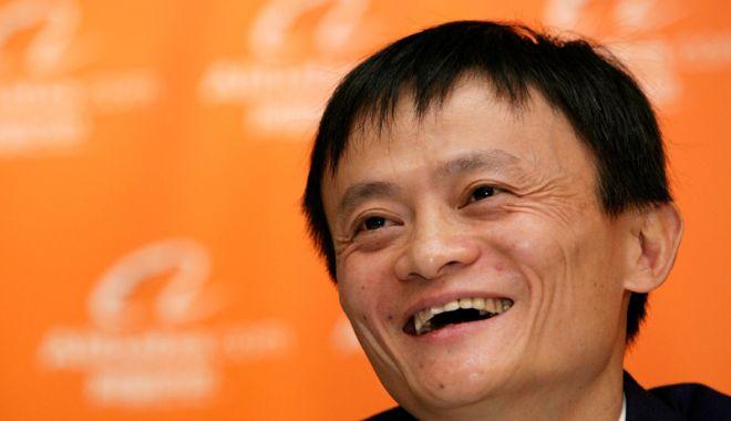 Foto: Cel mai bogat om din China, membru al Partidului Comunist