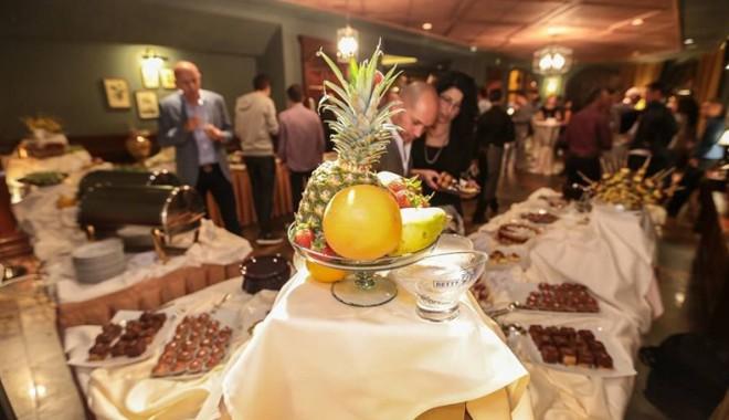 Cel mai longeviv restaurant din Constanța, într-o nouă prezentare - celmailongevivrestaurantscapinod-1412961114.jpg