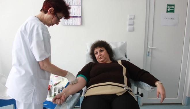 Colectă de sânge la Mangalia - centruldetransfuzii4-1395319852.jpg
