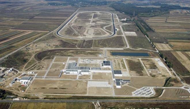 Foto: Daimler negociază cu Grupul Renault pentru a folosi Centrul Tehnic Titu pentru test