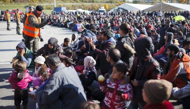 Foto: Decizie controversată în Germania. Bavaria deschide primele centre pentru migranți