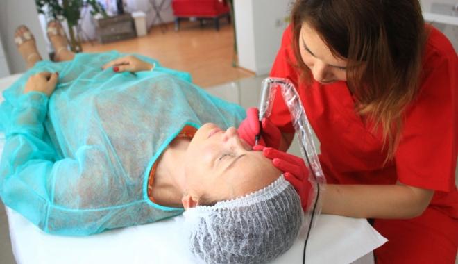 Foto: Micropigmentarea medicală, tratamentul care vindecă trupul şi sufletul
