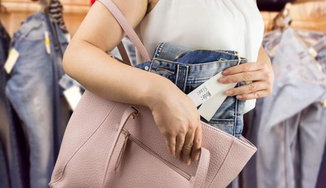 Foto: Cercetaţi pentru mai multe furturi din magazine, la Constanţa