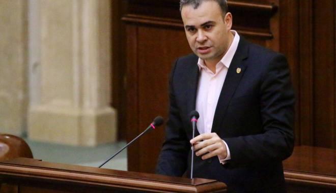 Foto: Cererea de arestare a lui Darius Vâlcov a ajuns la Senat